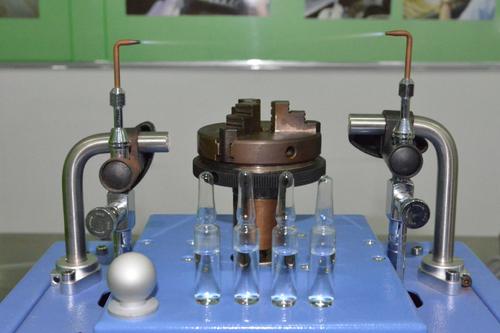氢氧火焰安瓿瓶熔封工艺